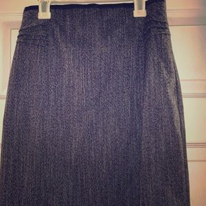 Express black/gray skirt